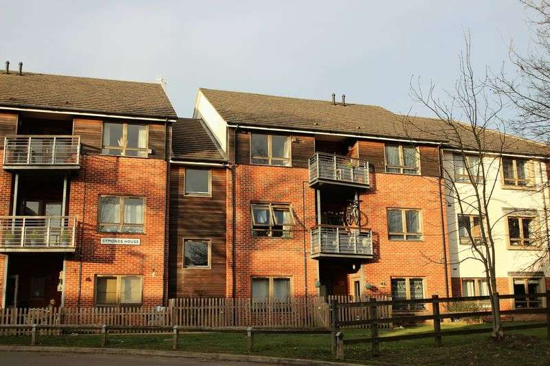 1 Bedroom Flat for sale in Braeburn Road, Crawley