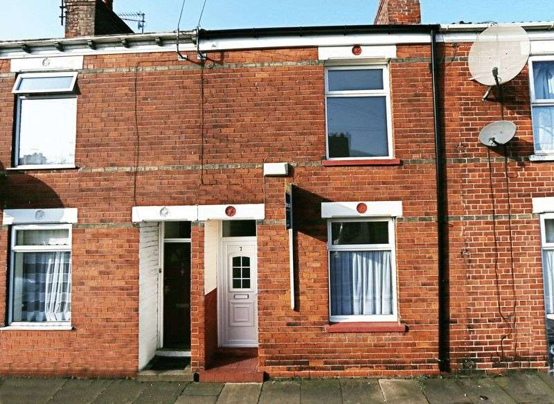 2 Bedrooms Terraced House for sale in Haworth Street, Hull