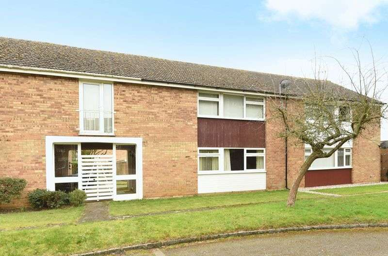 2 Bedrooms Flat for sale in Shelley Close, Abingdon