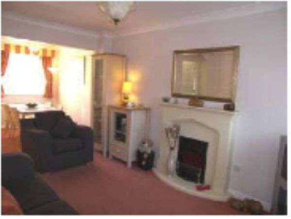 3 Bedrooms Semi Detached House for sale in Blackthorn Drive, Blyth