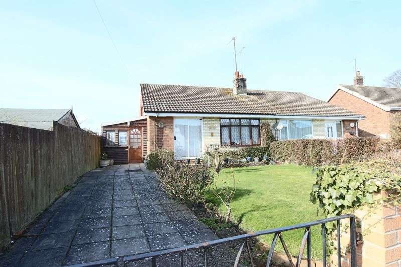 2 Bedrooms Bungalow for sale in Rock Road, Lowestoft