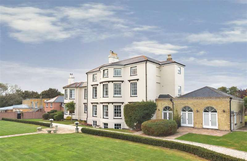 3 Bedrooms Apartment Flat for sale in LITTLE ABSHOT ROAD, WARSASH