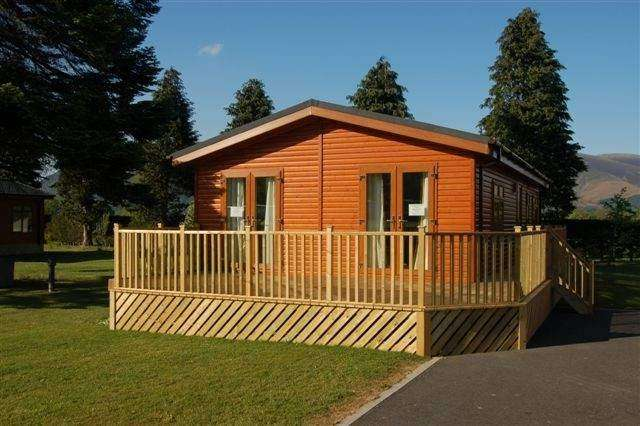 3 Bedrooms Park Home Mobile Home for sale in Braithwaite, Keswick, Cumbria