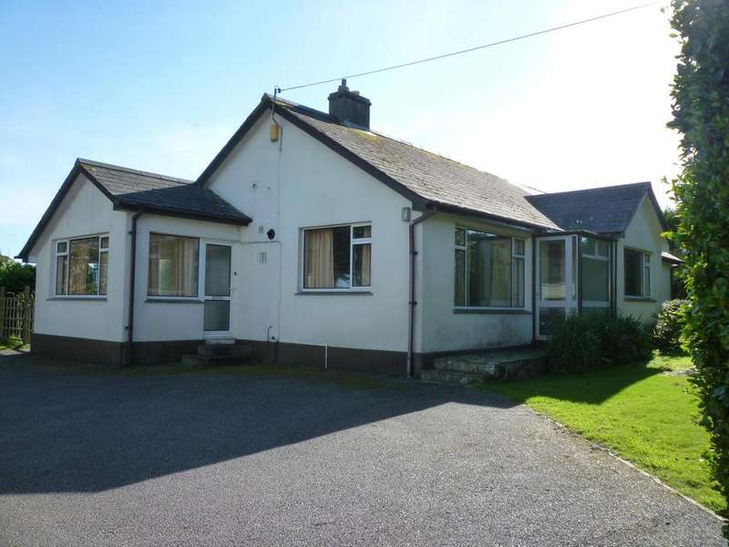 4 Bedrooms Detached Bungalow for sale in Relubbus Lane, St. Hilary, Penzance TR20