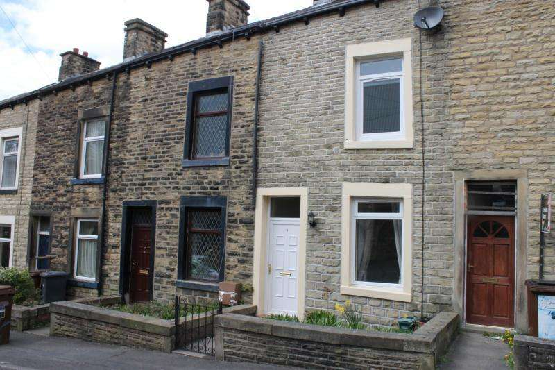 3 Bedrooms Terraced House for rent in Rigby Street, Colne, BB8 9NA