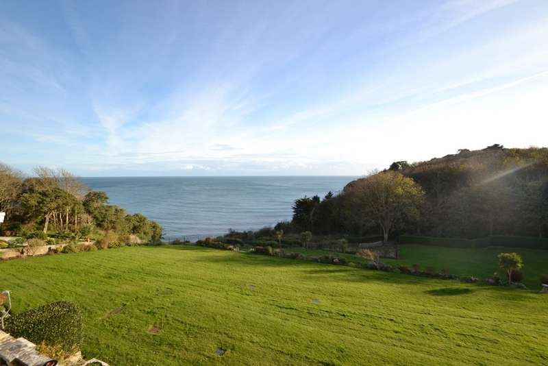 2 Bedrooms Flat for sale in Durlston