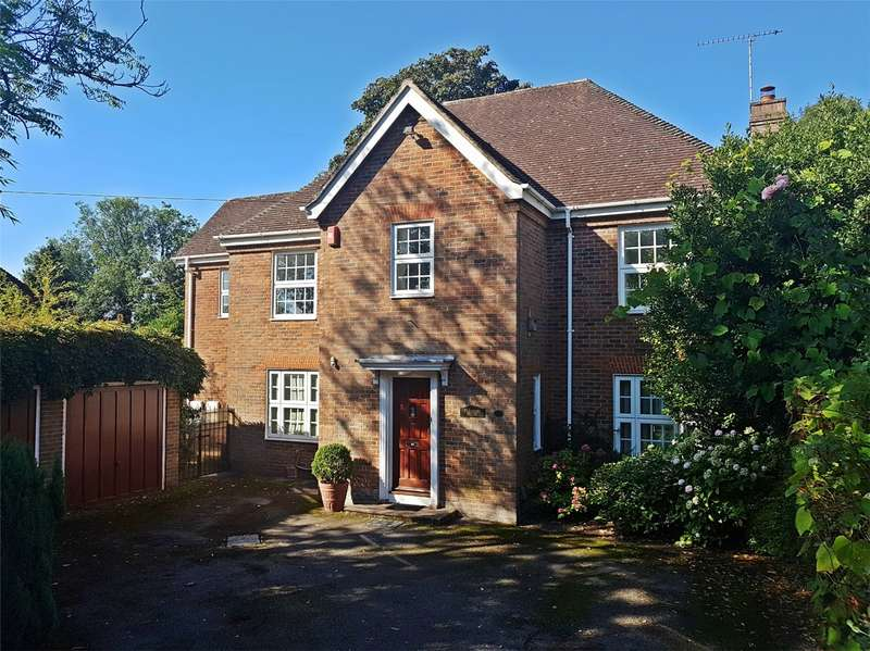 4 Bedrooms Detached House for sale in High Oaks Road, Welwyn Garden City, Hertfordshire