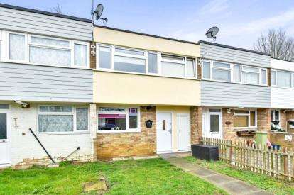 3 Bedrooms Terraced House for sale in Crummock Place, Bletchley, Milton Keynes