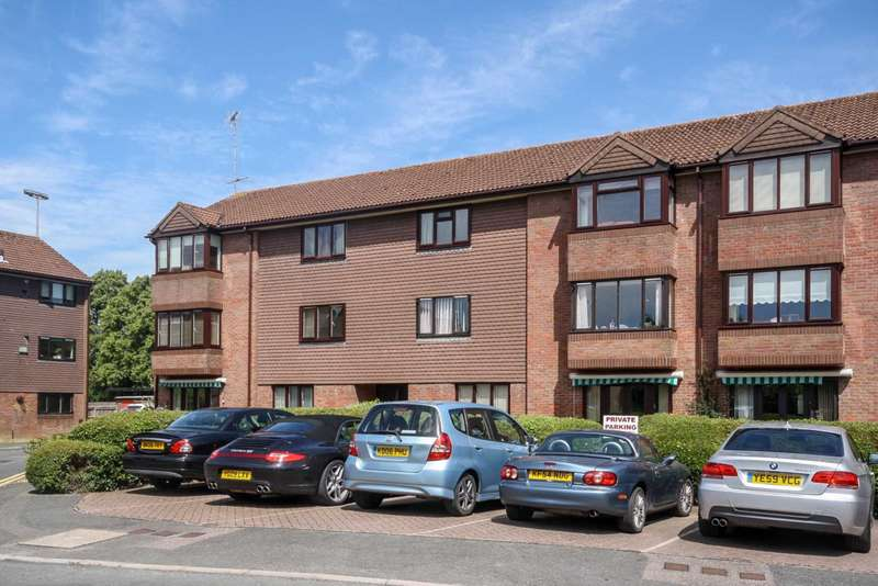 2 Bedrooms Apartment Flat for sale in Broadwater, Berkhamsted
