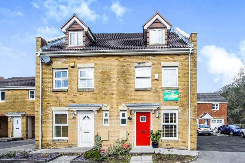 3 Bedrooms Town House for sale in Coed Celynen Drive, Abercarn, Newport