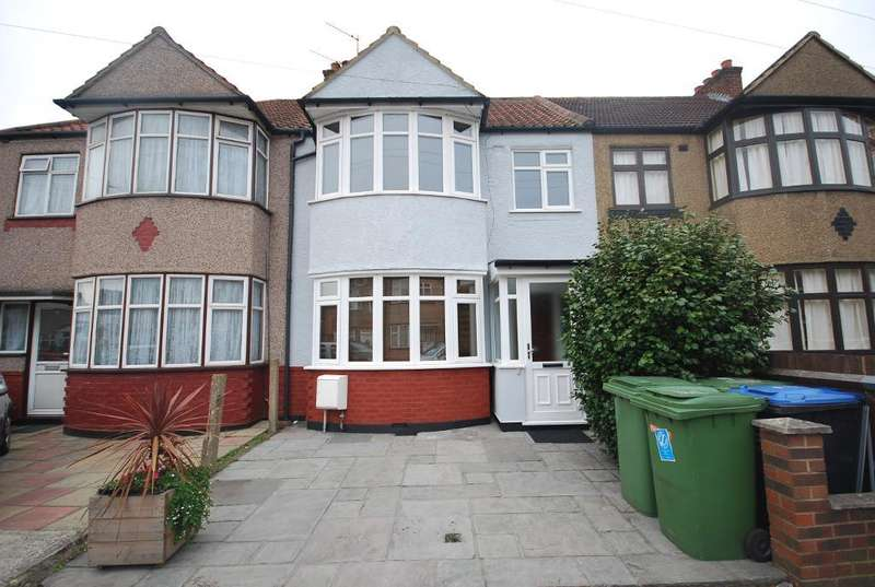 3 Bedrooms Terraced House for sale in CARLYON CLOSE, WEMBLEY, MIDDLESEX, HA0 1HR