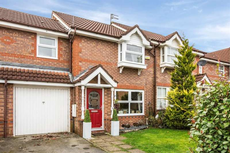 3 Bedrooms Terraced House for sale in Boothstown Drive, Worsley, Manchester, M28 1UF