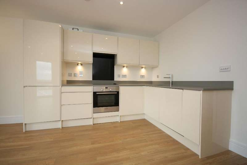 2 Bedrooms Flat for sale in Cross Quarter, Abbey Wood, London, SE2 9SA