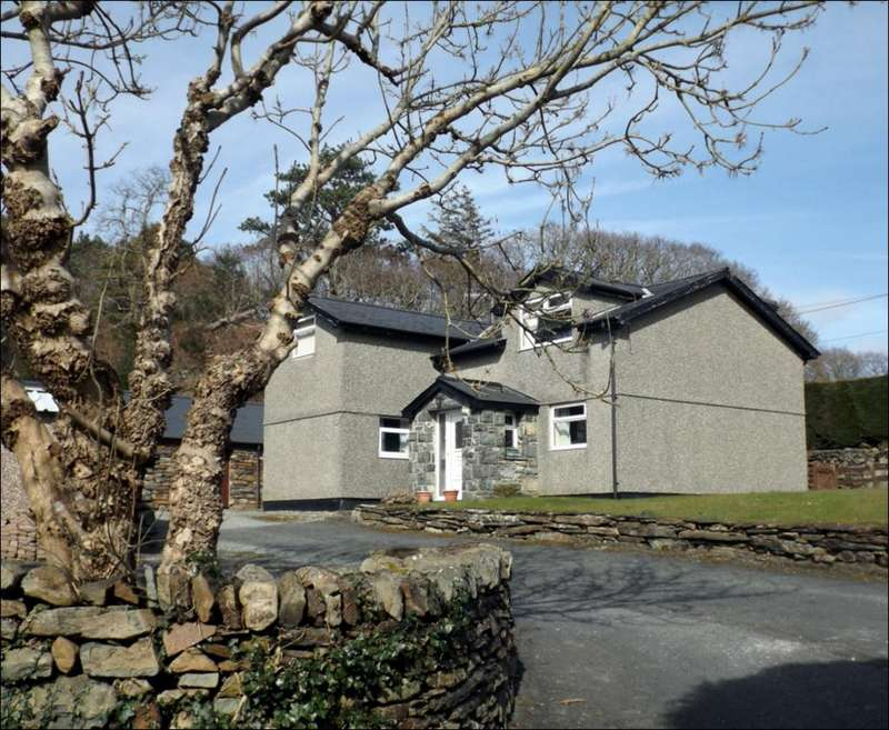 4 Bedrooms Detached House for sale in Talsarnau LL47