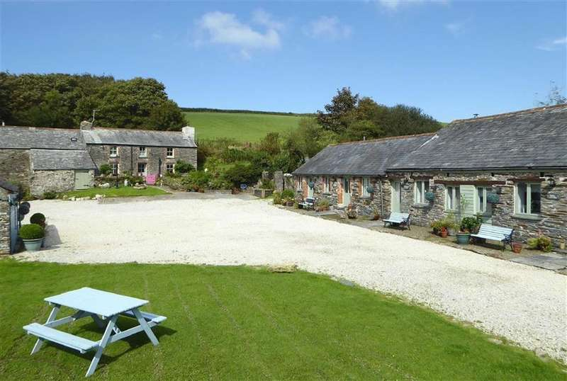 3 Bedrooms Detached House for sale in Tintagel, Cornwall, PL34