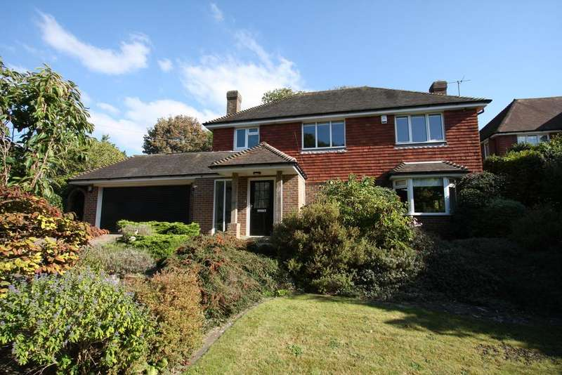 4 Bedrooms Detached House for sale in Gilberts Drive, East Dean BN20