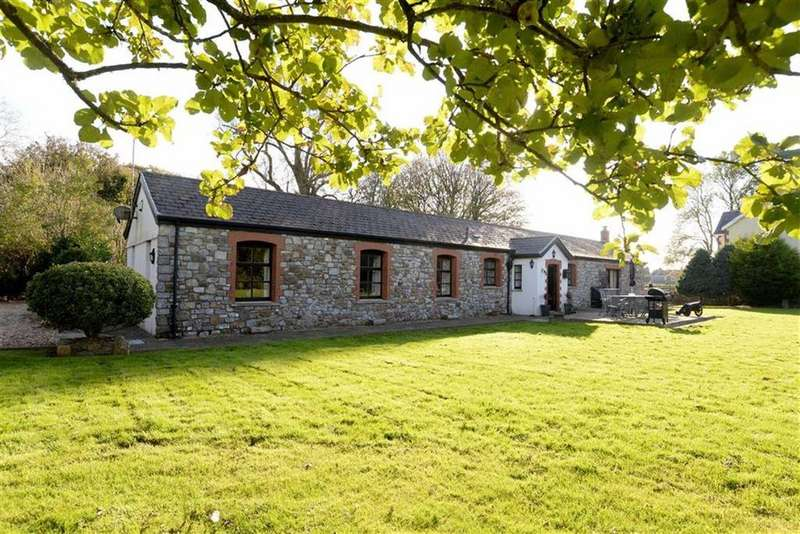 4 Bedrooms Barn Conversion Character Property for sale in Manselfield Road, Murton, Swansea