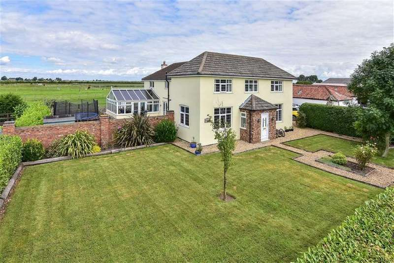 5 Bedrooms Detached House for sale in Leaveslake Drove, West Pinchbeck