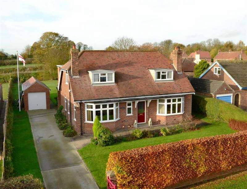 4 Bedrooms Detached House for sale in Back Street, Bainton, East Yorkshire