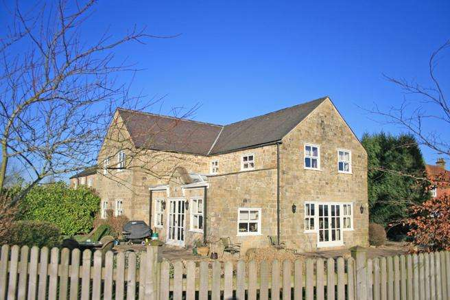 4 Bedrooms House for sale in Rushley Manor, Nottingham Road, Mansfield, Nottinghamshire NG18 5BG