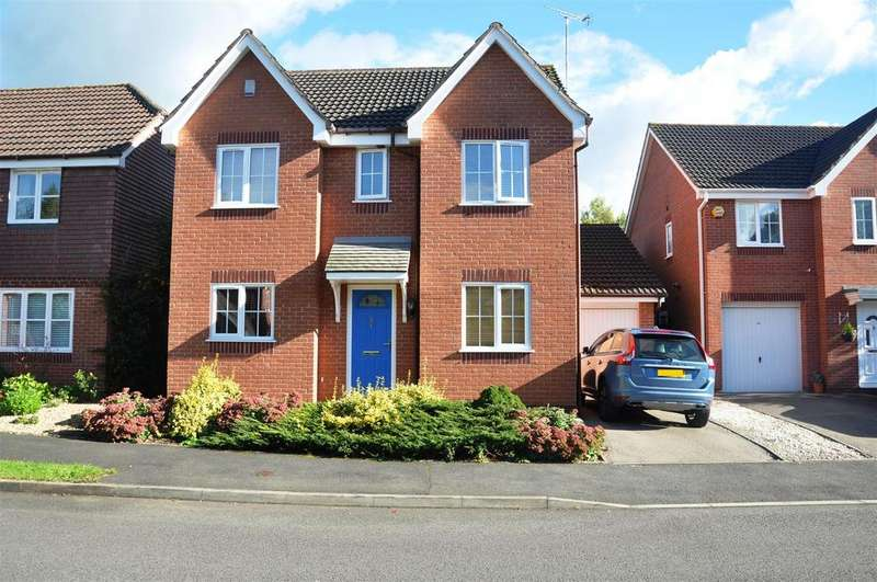 4 Bedrooms Detached House for sale in Quinton Close, Hatton Park, Warwick