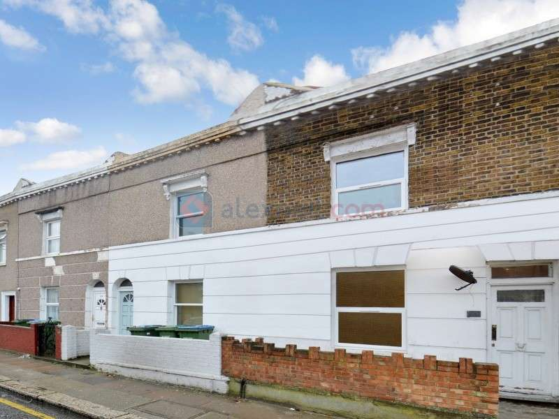 4 Bedrooms Terraced House for rent in Sandy Hill Road, Woolwich SE18