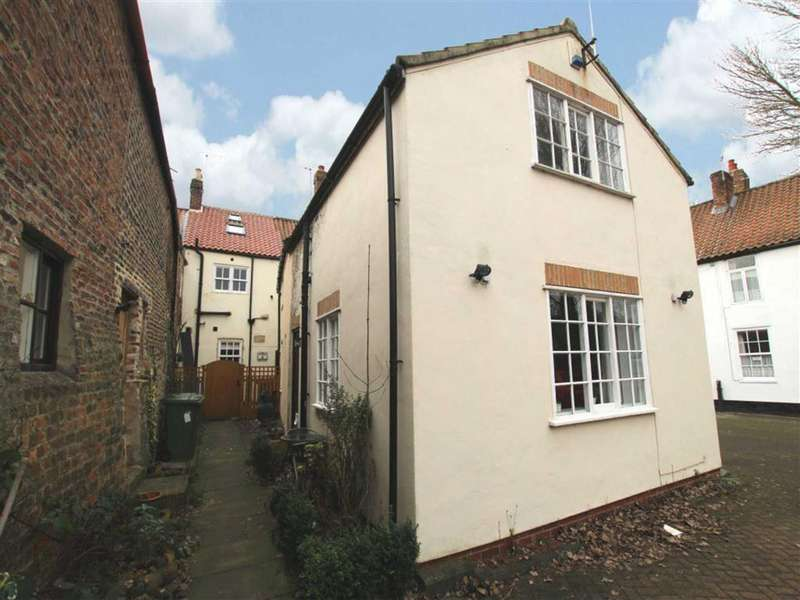 1 Bedroom Terraced House for sale in High Street, Yarm, Cleveland