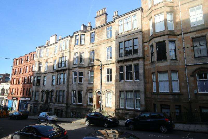 2 Bedrooms Flat for rent in Vinicombe Street, Hillhead, Glasgow, G12 8BG