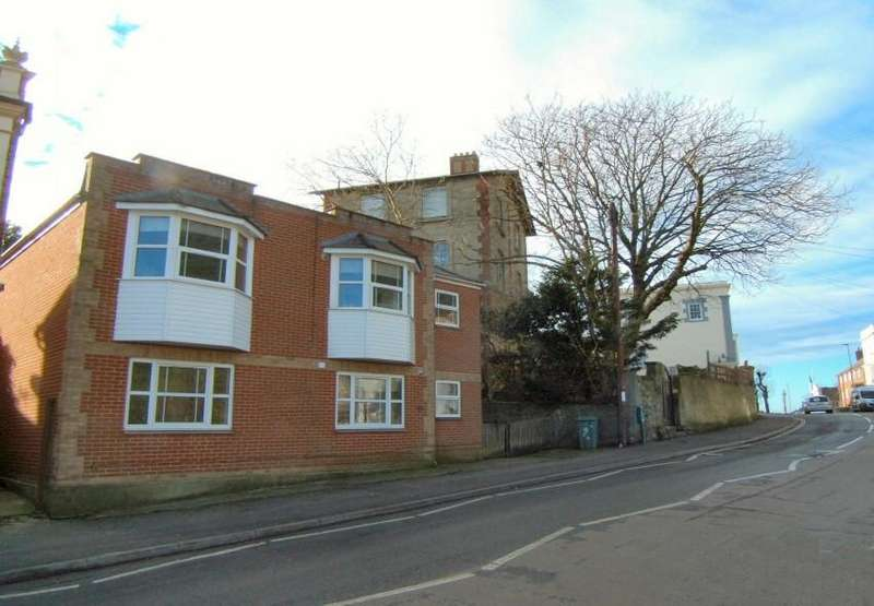 2 Bedrooms Flat for sale in High Street 156, Ventnor, Isle of Wight,