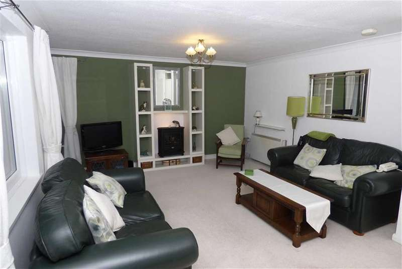 2 Bedrooms Flat for sale in Norwood Court, Benton