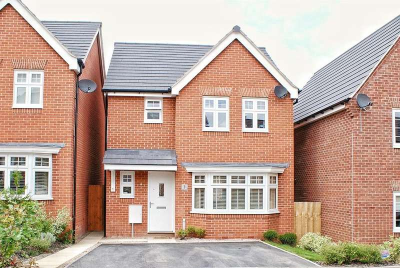 3 Bedrooms Detached House for sale in Hebe Way, Whitnash, Leamington Spa