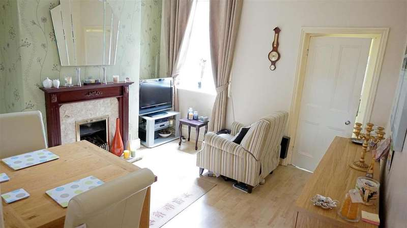2 Bedrooms Terraced House for sale in London Road, Chesterton, Newcastle, Staffs