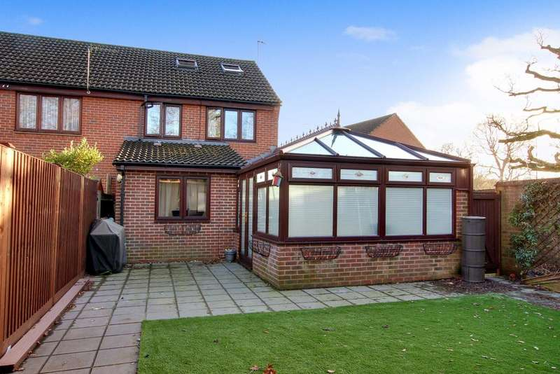 4 Bedrooms End Of Terrace House for sale in CREECH VIEW, DENMEAD