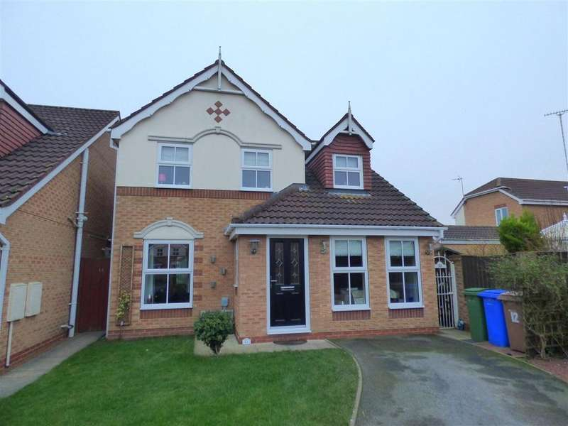 3 Bedrooms Detached House for sale in 12 Whitefields Close, Beverley, East Yorkshire, HU17 9GY