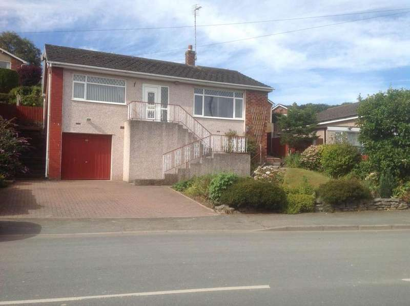 2 Bedrooms Detached Bungalow for sale in 206 Llanelian Road, Old Colwyn, LL29 8UN