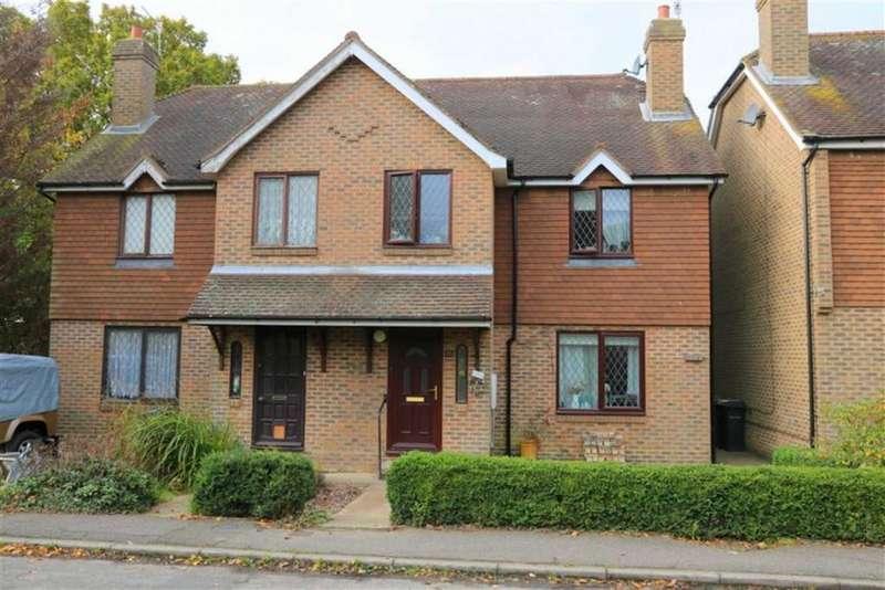 3 Bedrooms Semi Detached House for sale in Gammons Way, Sedlescombe