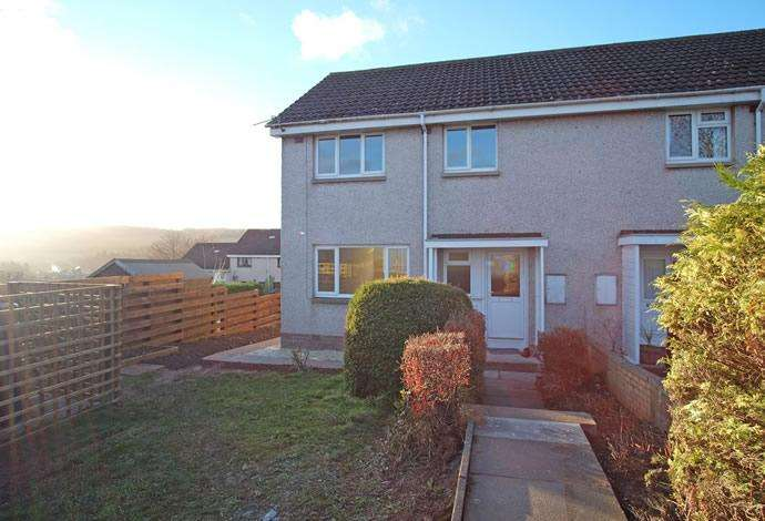3 Bedrooms Semi Detached House for sale in 14 Gun Terrace, Earlston, TD4 6EJ