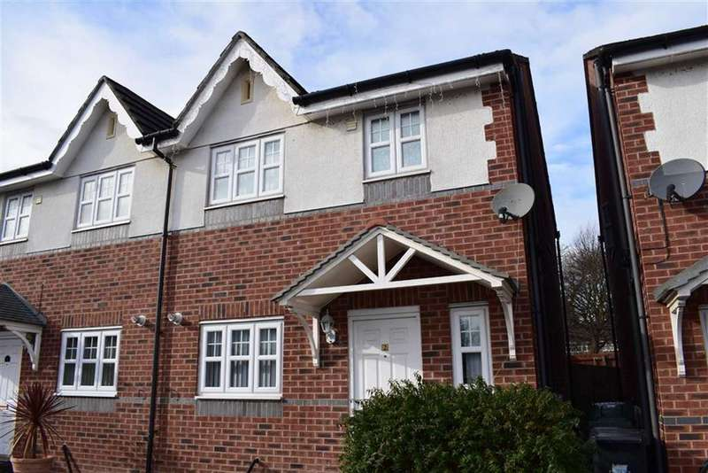 3 Bedrooms Semi Detached House for sale in Camden Mews, CH49