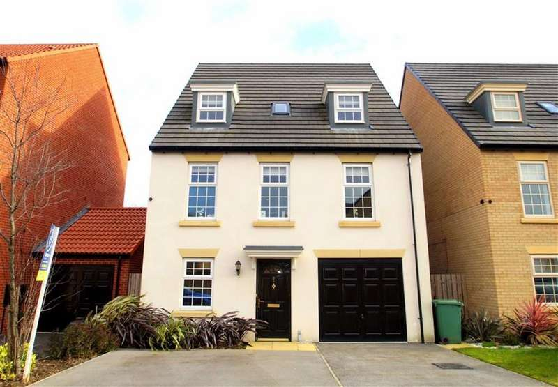 4 Bedrooms Detached House for sale in Renison Avenue, Leeds