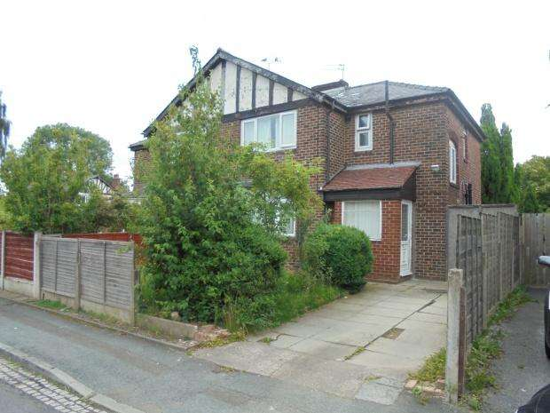 3 Bedrooms Semi Detached House for sale in Hawthorn Drive, Manchester, M19