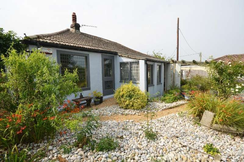 2 Bedrooms Bungalow for sale in Harbour Farm, Winchelsea Beach