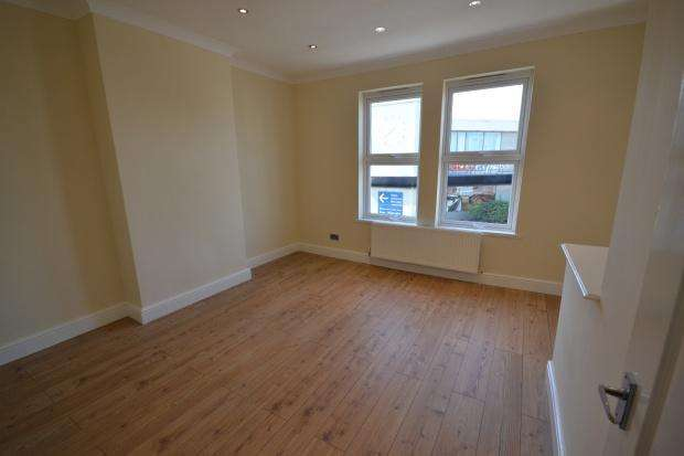 2 Bedrooms Apartment Flat for sale in Whitehorse Road, Croydon, CR0