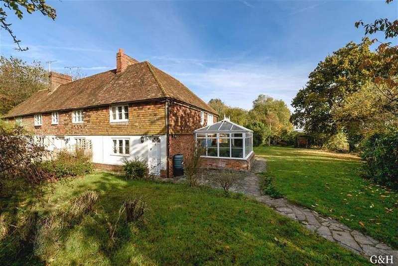 2 Bedrooms Cottage House for sale in Dorne Cottages, Egerton, Kent