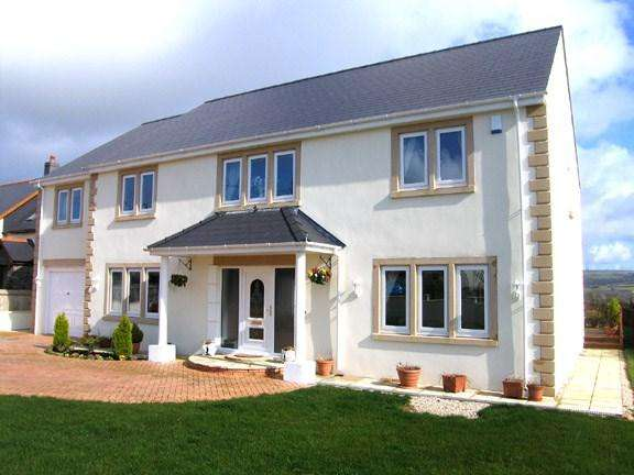 5 Bedrooms Detached House for sale in Heol Hen, Five Roads, Nr Llanelli, SA15