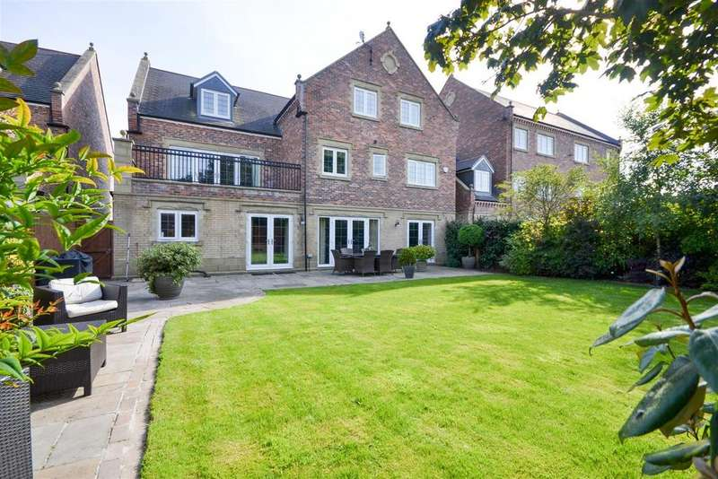 6 Bedrooms Detached House for sale in The Square, Cleadon, Sunderland