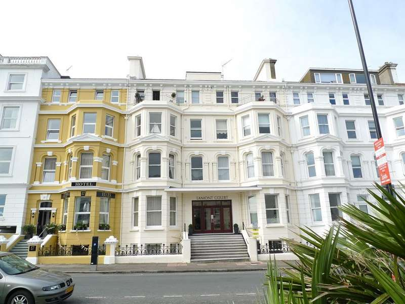 2 Bedrooms Apartment Flat for sale in Wilmington Square, Eastbourne, BN21
