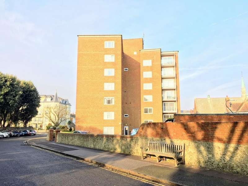 2 Bedrooms Apartment Flat for sale in Blackwater Road, Eastbourne, BN21