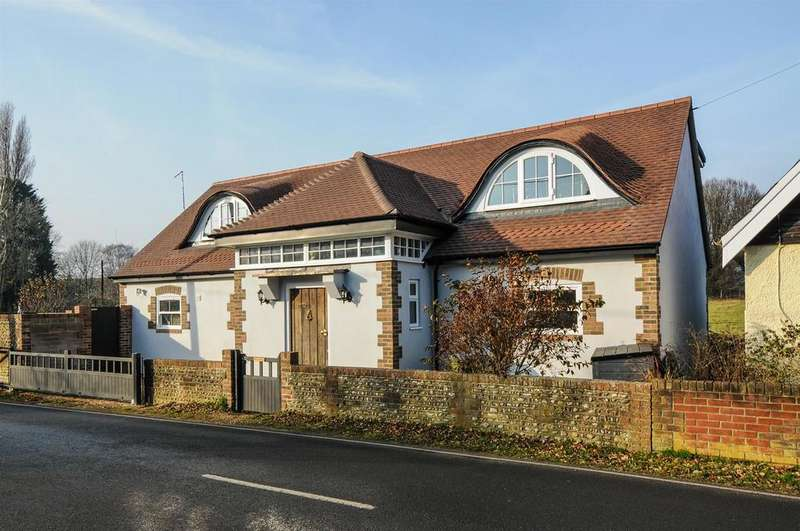 4 Bedrooms Detached House for sale in Lake Lane, Barnham