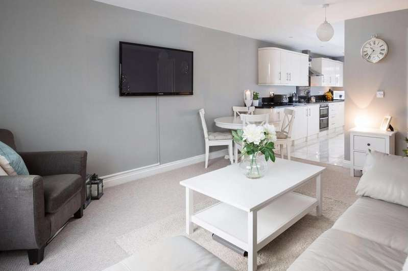 4 Bedrooms House for sale in Promenade Row, Bishopthorpe Road, York