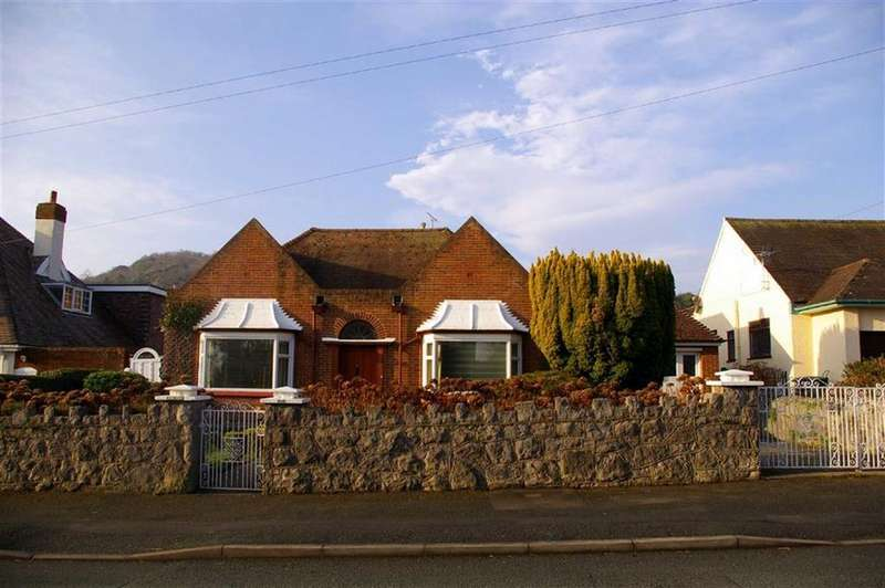 3 Bedrooms Detached Bungalow for sale in Brompton Avenue, Rhos On Sea, Colwyn Bay